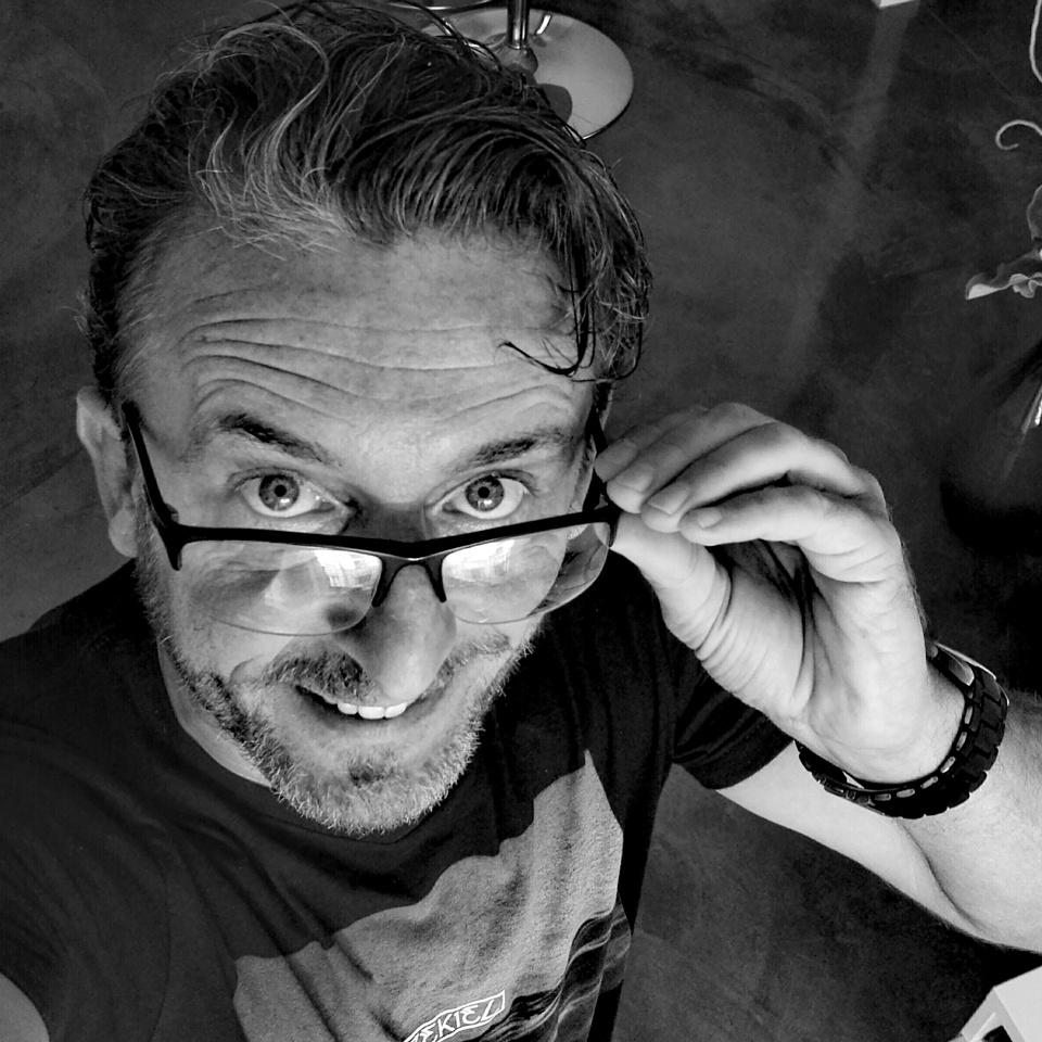 René Werner - Kreativ Direktor bei Din-A-Null Kommunikationsdesign in Krefeld